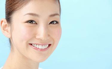 着色変色を除去して歯の白さを取り戻す